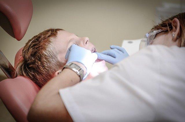 zobna kirurgija